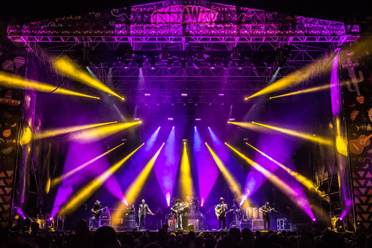 zbb2018_stage_lights.jpg